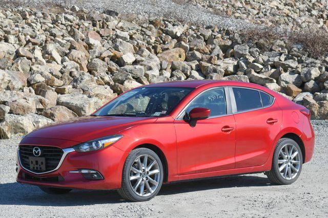2018 Mazda Mazda3 4-Door Touring Naugatuck, Connecticut 2