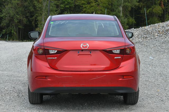 2018 Mazda Mazda3 4-Door Sport Naugatuck, Connecticut 3