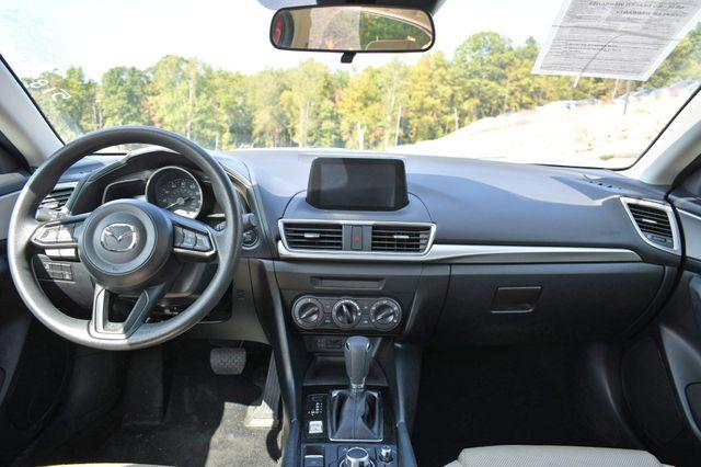 2018 Mazda Mazda3 4-Door Sport Naugatuck, Connecticut 14
