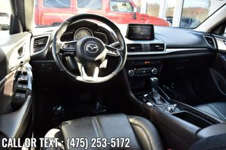 2018 Mazda Mazda3 4-Door Touring Waterbury, Connecticut 11