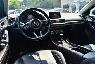 2018 Mazda Mazda3 5-Door Touring Waterbury, Connecticut 10