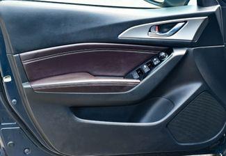 2018 Mazda Mazda3 5-Door Touring Waterbury, Connecticut 20