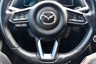 2018 Mazda Mazda3 5-Door Touring Waterbury, Connecticut 21