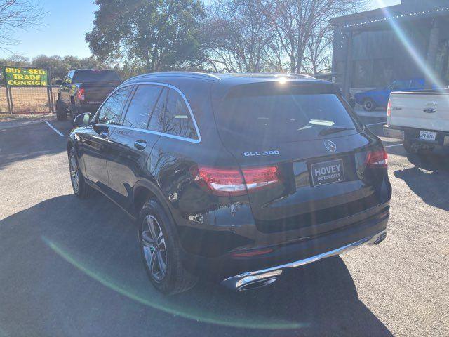 2018 Mercedes-Benz GLC 300 in Boerne, Texas 78006
