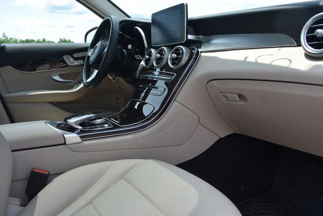 2018 Mercedes-Benz GLC 300 4Matic Naugatuck, Connecticut 8