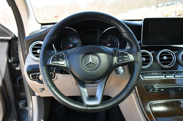 2018 Mercedes-Benz GLC 300 4Matic Naugatuck, Connecticut 24