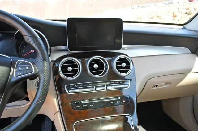 2018 Mercedes-Benz GLC 300 4Matic Naugatuck, Connecticut 25