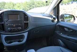 2018 Mercedes-Benz Metris  Passenger Van Naugatuck, Connecticut 17