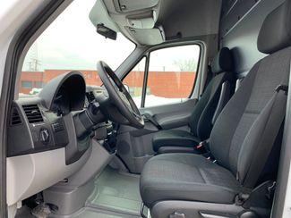 2018 Mercedes-Benz Sprinter Cargo Van Worker Chicago, Illinois 5