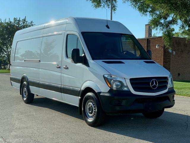 2018 Mercedes-Benz Sprinter Cargo Van Worker Chicago, Illinois 1