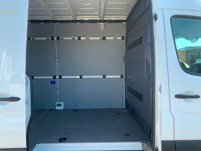2018 Mercedes-Benz Sprinter Cargo Van Worker Chicago, Illinois 18