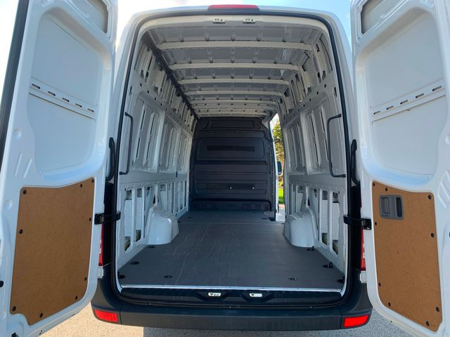 2018 Mercedes-Benz Sprinter Cargo Van Worker Chicago, Illinois 16