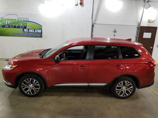 2018 Mitsubishi Outlander ES AWD  All Wheel Drive  3rd row  Dickinson ND  AutoRama Auto Sales  in Dickinson, ND