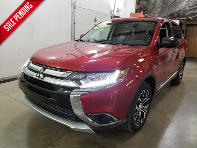 2018 Mitsubishi Outlander ES AWD All Wheel Drive 3rd row