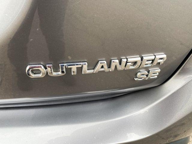 2018 Mitsubishi Outlander SE Madison, NC 16