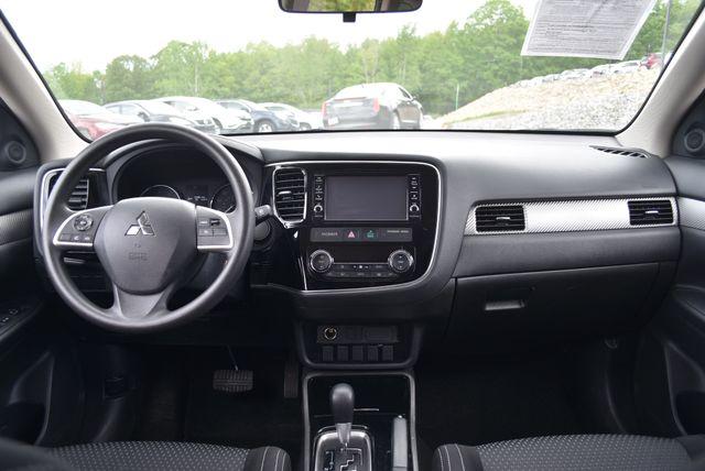 2018 Mitsubishi Outlander ES Naugatuck, Connecticut 15