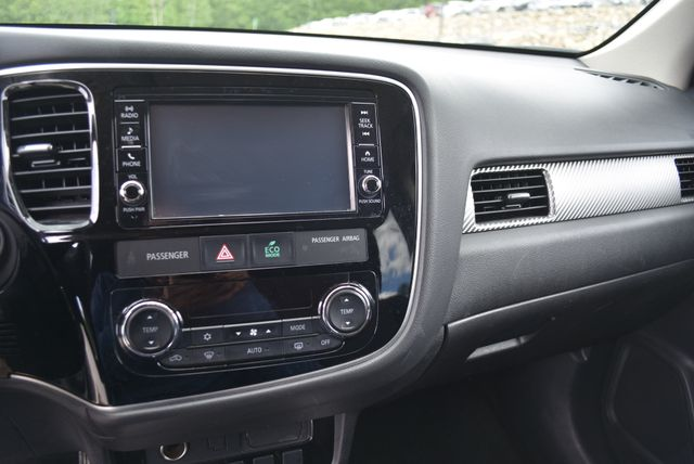 2018 Mitsubishi Outlander ES Naugatuck, Connecticut 20