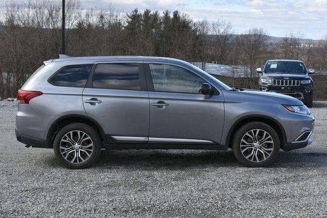 2018 Mitsubishi Outlander ES Naugatuck, Connecticut 5
