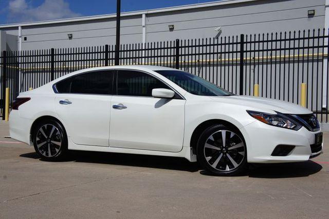 2018 Nissan Altima SR * 1-Owner * BU CAM * Pearl White * 25k MILES *