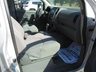 2018 Nissan Frontier Crew Cab 4x4 SV V6 Houston, Mississippi 10
