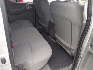 2018 Nissan Frontier Crew Cab 4x4 SV V6 Houston, Mississippi 12