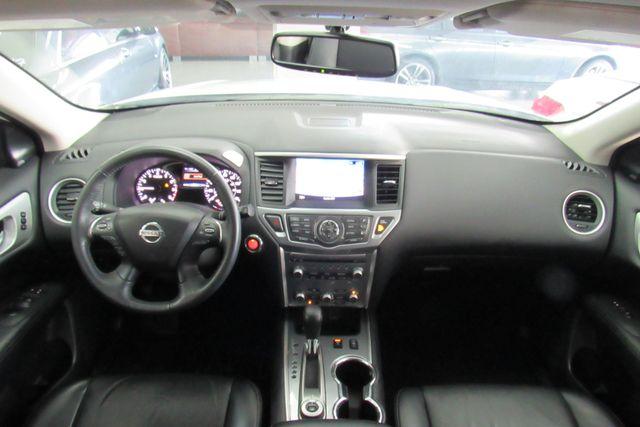 2018 Nissan Pathfinder SL Chicago, Illinois 9