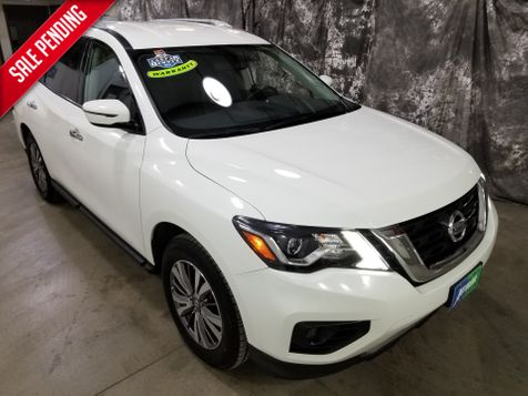 2018 Nissan Pathfinder SV  4x4 in Dickinson, ND