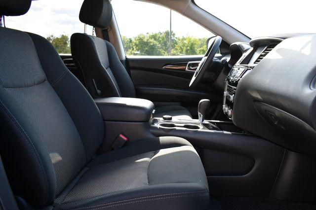 2018 Nissan Pathfinder S Naugatuck, Connecticut 9