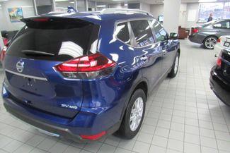 2018 Nissan Rogue SV Chicago, Illinois 5