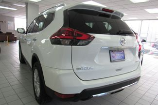 2018 Nissan Rogue SV Chicago, Illinois 4