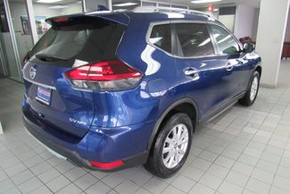 2018 Nissan Rogue SV Chicago, Illinois 3
