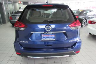 2018 Nissan Rogue SV Chicago, Illinois 5