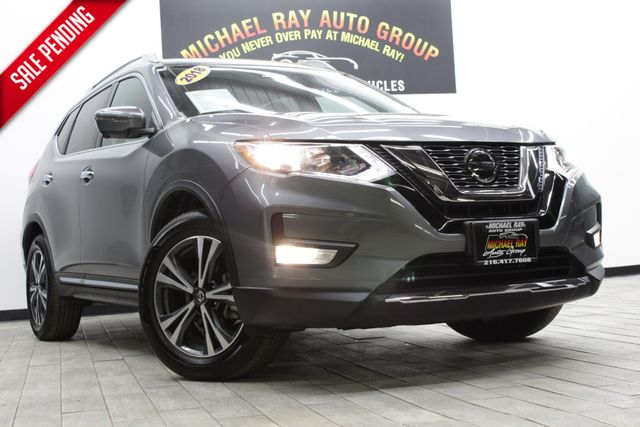 2018 Nissan Rogue SL in Cleveland , OH 44111