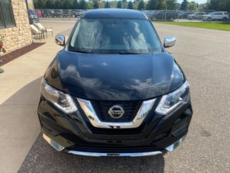 2018 Nissan Rogue S Farmington, MN 4