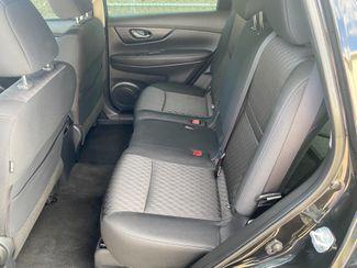 2018 Nissan Rogue S Farmington, MN 6