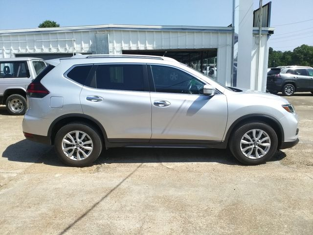 2018 Nissan Rogue SV Houston, Mississippi 3