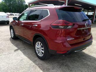 2018 Nissan Rogue SV Houston, Mississippi 4