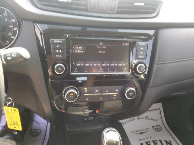 2018 Nissan Rogue S Houston, Mississippi 14