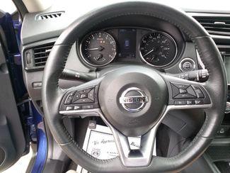 2018 Nissan Rogue SV Houston, Mississippi 3