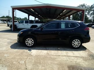 2018 Nissan Rogue S Houston, Mississippi 3