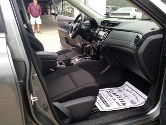 2018 Nissan Rogue SV Houston, Mississippi 16