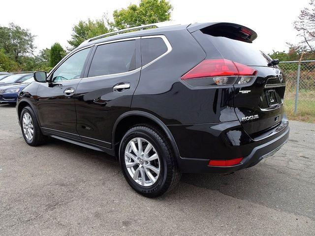 2018 Nissan Rogue SV Madison, NC 3