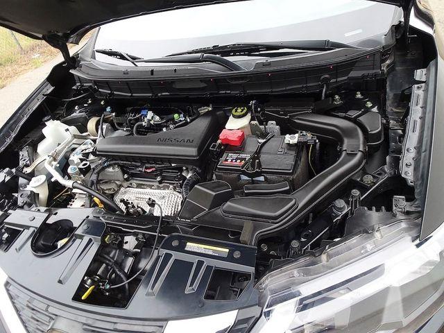 2018 Nissan Rogue SV Madison, NC 43