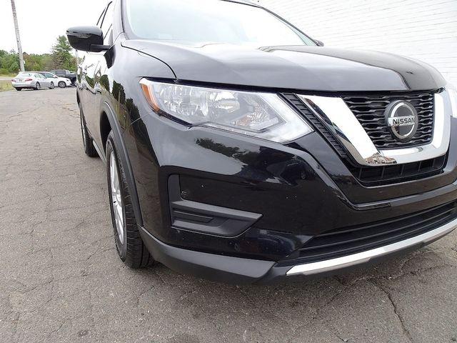 2018 Nissan Rogue SV Madison, NC 7