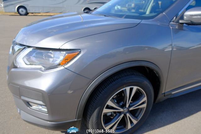 2018 Nissan Rogue SL in Memphis Tennessee, 38115