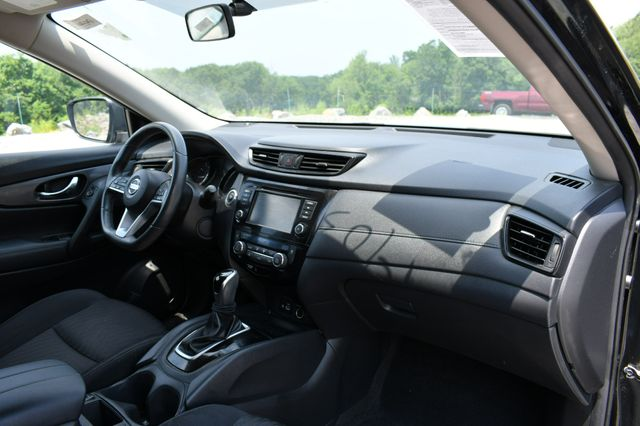 2018 Nissan Rogue SV Naugatuck, Connecticut 10