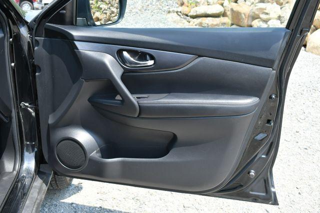 2018 Nissan Rogue SV Naugatuck, Connecticut 11