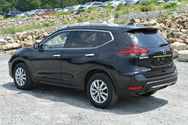2018 Nissan Rogue SV Naugatuck, Connecticut 4
