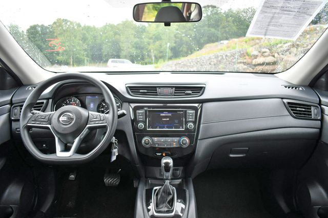2018 Nissan Rogue S AWD Naugatuck, Connecticut 15