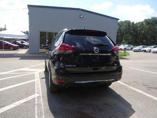 2018 Nissan Rogue SV SV HTD SEATS. PWR TAILGATE SEFFNER, Florida 12
